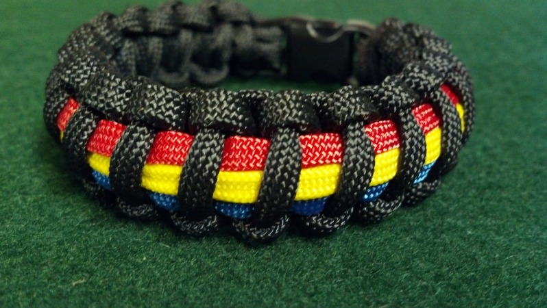 Thin Yellow Line between Red and Blue Lines Bracelet